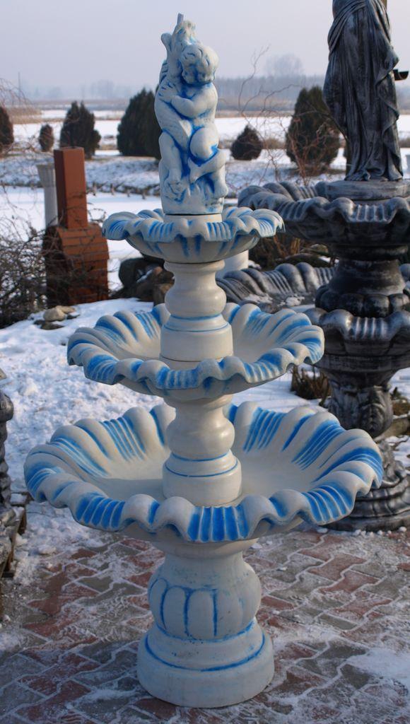Bílá plus modrý antik